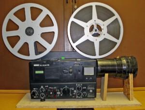 Rectimascop 80/2x mit Konstruktion vor einem Revue Lux Sound 80 Stereo