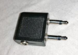 Stereo-Stecker für Line-Ausgang des Elmo Sound ST-1200 HD